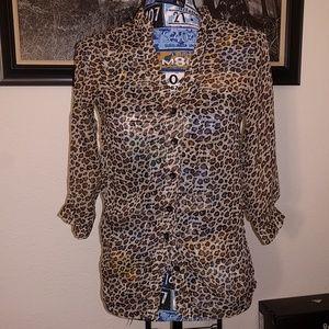 Tops - 2/$30 Cheetah print button down blouse size small